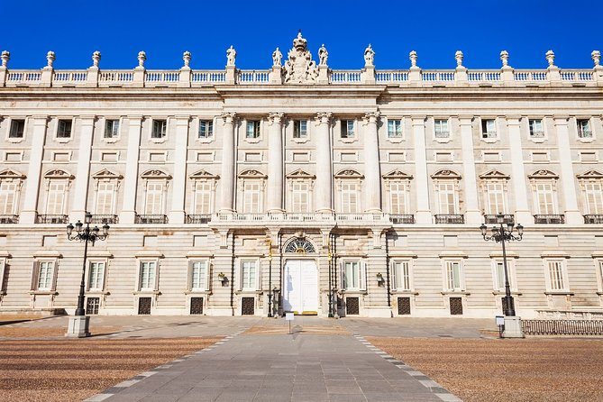 Skip the Line Guided Tour of the Royal Palace of Madrid