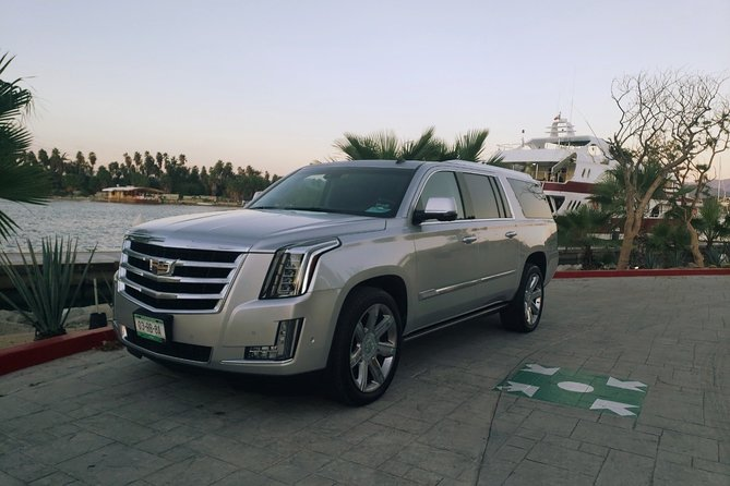 Private Roundtrip Luxury Escalade