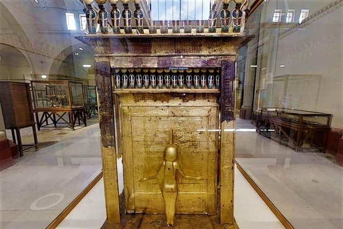Pyramid & The Egyptian Museum Tour with Pickup Included