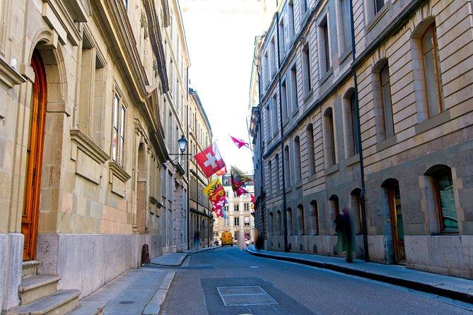 Private Photo Tour PLUS in Geneva