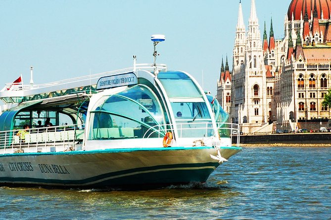 Private Buda Castle walking tour & Danube river cruise with Margaret Island stop