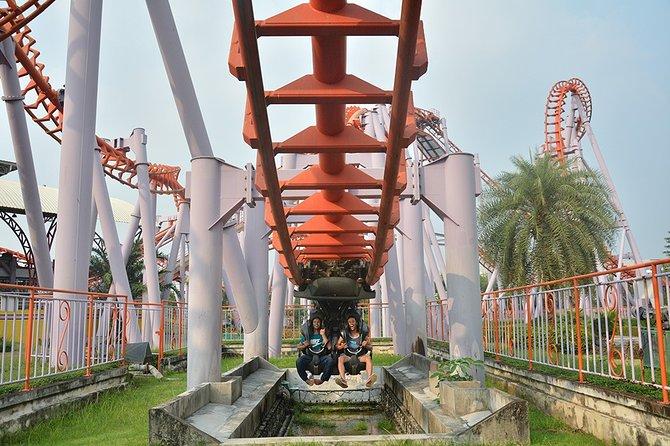 Private Tour:Siam Park City Recreation Park from Bangkok
