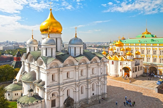 Moscow: Excursion to the Kremlin Museum with a guide