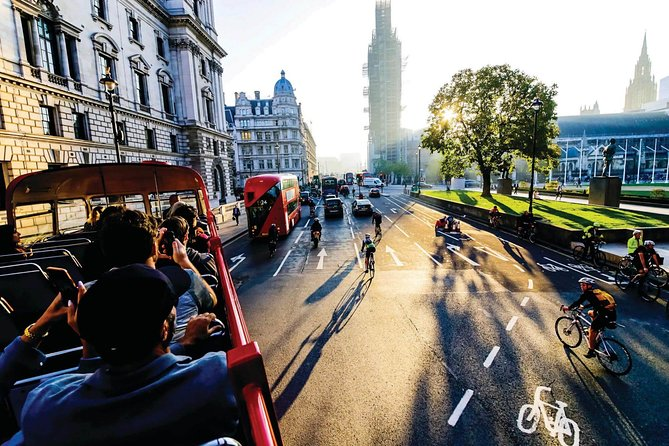 London by Night: Non-Stop Sightseeing Bus Tour