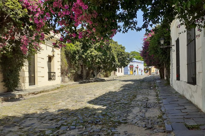 Colonia del Sacramento, stories with portuguese and spanish heritage