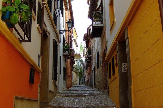 Sunset Walking Tour in Albaicín & Sacromonte