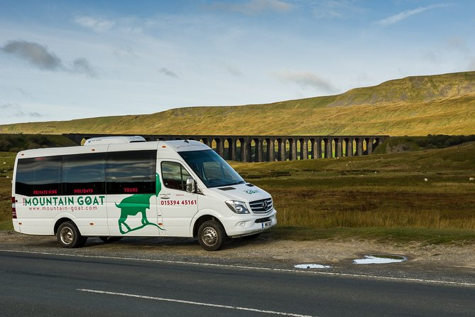 Private Tour: Yorkshire Dales from Manchester in 16 Seater Minibus