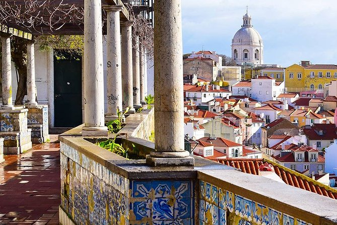 Private Lisbon Sightseeing and Fado Music Show with Dinner
