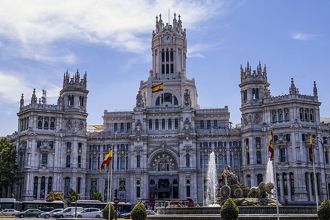 Private 4-hour City Tour of Madrid with Hotel pick-up