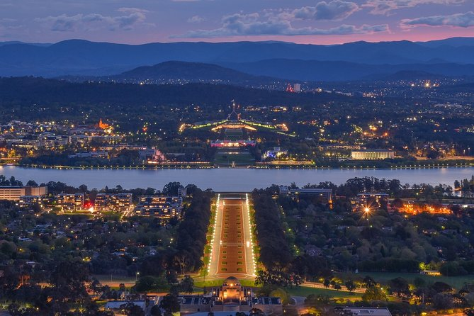 """Guided Tour """"Love Stories of Canberra"""""""