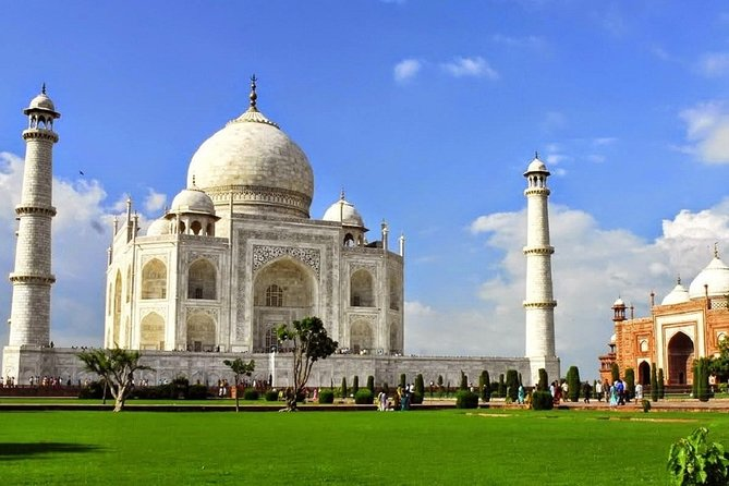 Private Day Trip of Taj Mahal and Agra Fort By Superfast Train