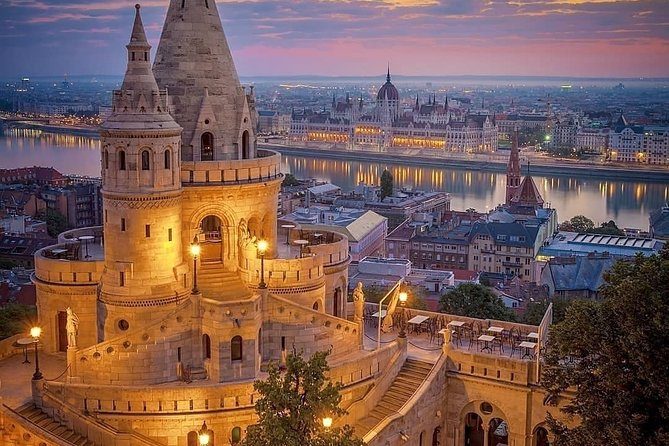 Budapest Parliament interior guided tour with Danube river cruise