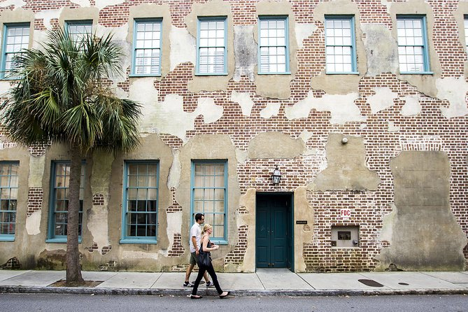 """Guided tour """"Love Stories of Charleston"""""""
