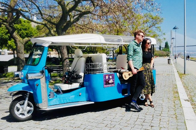 City of Neighborhoods Tour 1H 30M Private Tour by Tuk Tuk