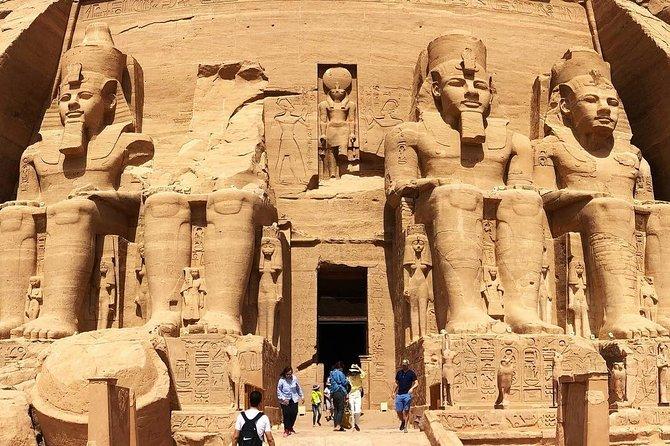 Trip to Abu Simbel by Private Coach