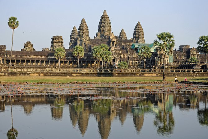 Private Tuk Tuk Tour of Angkor Wat and Bayon Temples