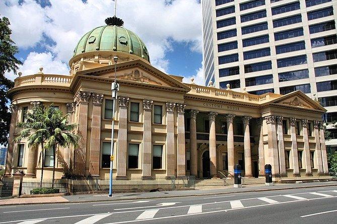 Departure Private Transfers: Brisbane to Brisbane Airport BNE in Business Car