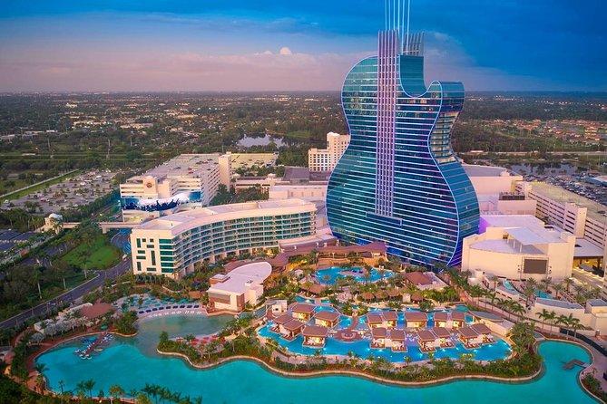 Fort Lauderdale Airport Transfer: Airport FLL to Fort Lauderdale in Luxury Van