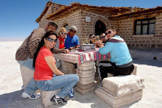 The Best of Uyuni Walking Tour