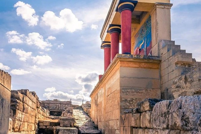 VIP Knossos Palace & Heraklion Museum with Wine Tasting - Private Tour
