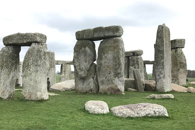 J.R.R. Tolkien's Oxford and Stonehenge Private Tour