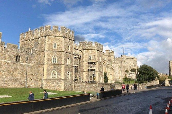 Young Victoria's London: Windsor Castle & Kensington Palace