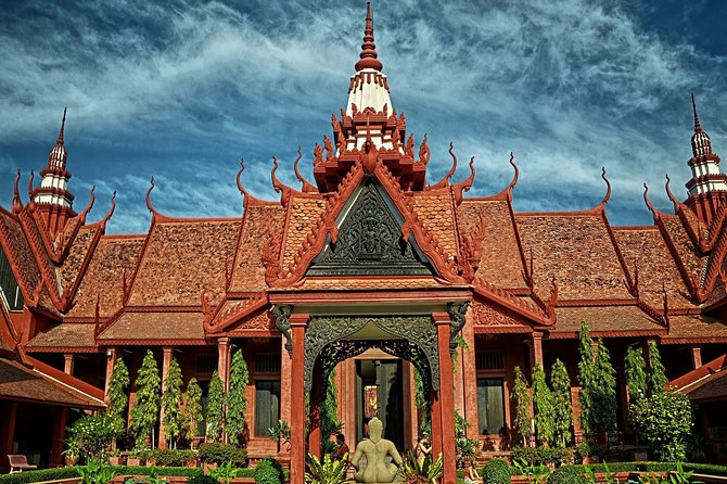 5-day Phnom Penh Takeo Silk Island Shopping