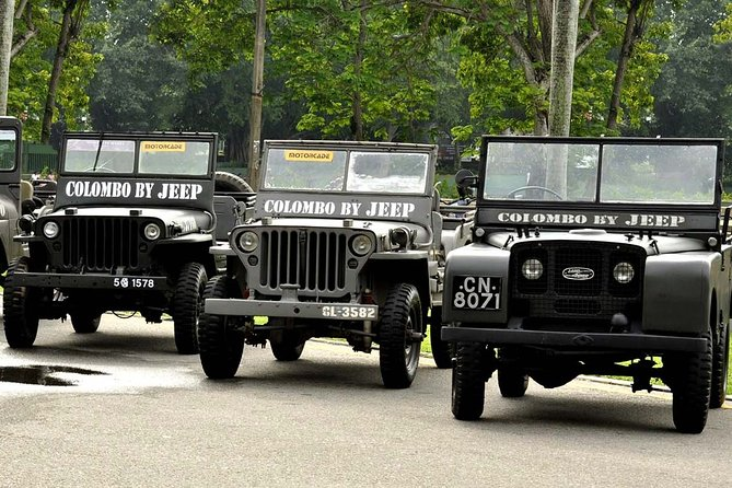 Colombo City Tour by Land Rover Series 1 Jeep