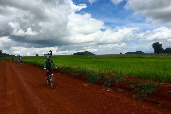 Inle Lake Bike, Boat and Kayak Tour – Full day Join in Tour