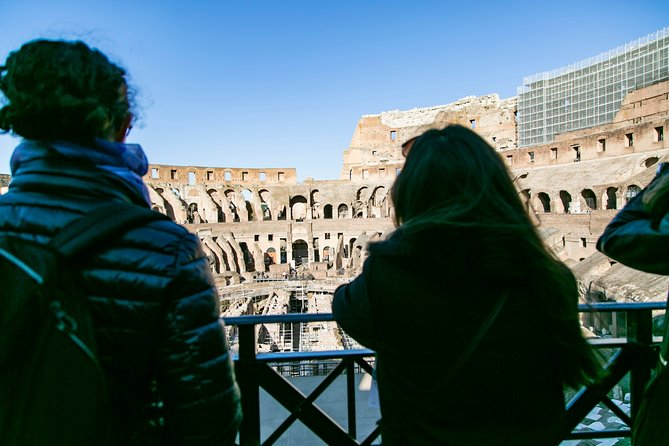 Walking Tour of the Colosseum Forums & Ancient Rome with Skip-the-line Tickets