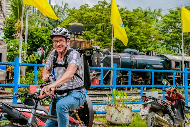 Exploring Bangkok By Bike in A Day