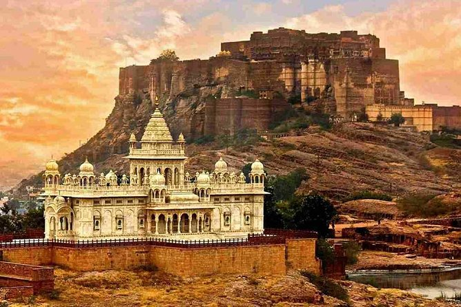 7 Days Delhi Agra Jaipur Jodhpur Udaipur Tour{Amazing Rajasthan and Taj}