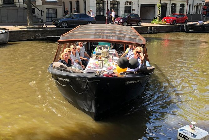 Amsterdam canal cruise 1-hour small-group daytime tour