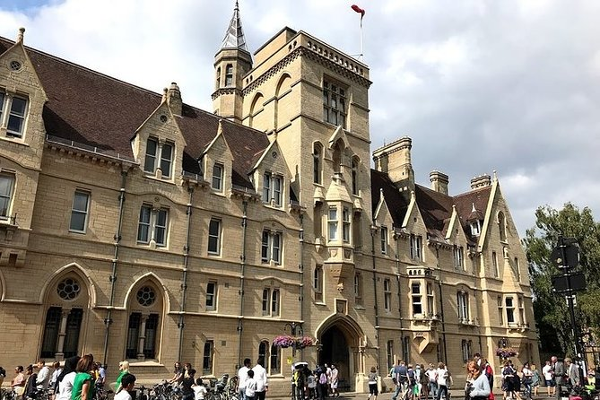 Footsteps of Harry Potter in Oxford