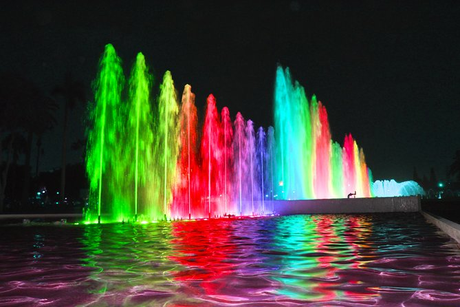 #1 Beautiful Fountains Park & Light Show - Night Tour (Small Group)