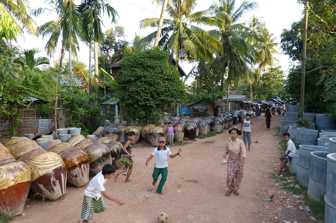 Private Rural Village Adventure and Pottery Tour from Yangon