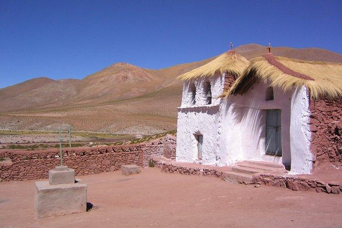 8-Days Unique Experience in San Pedro de Atacama & Easter Island