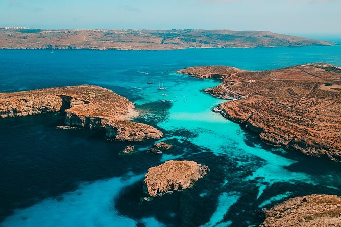 Gozo and Comino Blue Lagoon Cruise including Open Bar