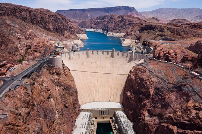 Las Vegas Private Tour: Hoover Dam, Valley of Fire and Red Rock Canyon
