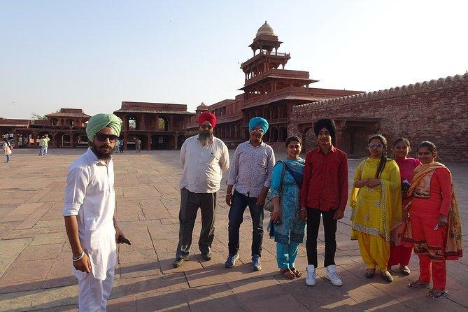 4-Day Mini Group Tour of Agra, Fatehpur Sikri, & Jaipur from Delhi