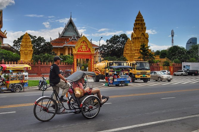 6-day Phnom Penh & Siem Reap with Angkor Temples & Floating Village