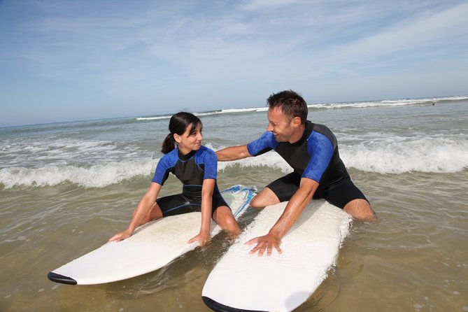 Surf school with a Pro in Forte dei Marmi for families