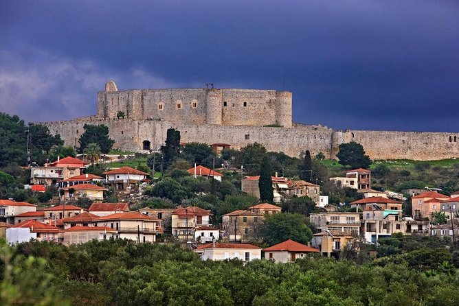 Visit the most beautiful castle of Greece – Chlemoutsi on a private tour