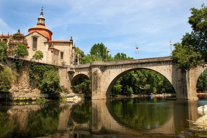 Vinho Verde: Private Wine Tour with Lunch Included
