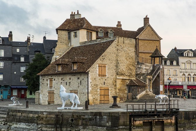 Discover the beautiful city of Honfleur private tour