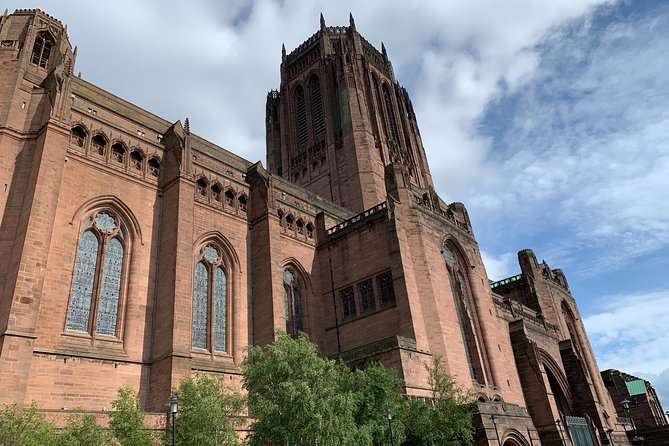 Liverpool Culture Walking Tour, Ghosts & Two Cathedrals. Children go free