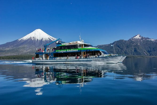 6-Days Unique Patagonia Lakes & Mountains Region in Chile and Argentina