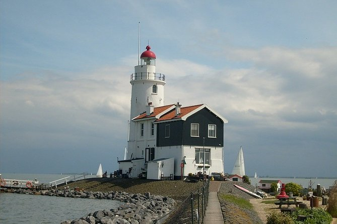 Private Tour to the Windmills, Cheese and Clogs Volendam, Marken from Amsterdam