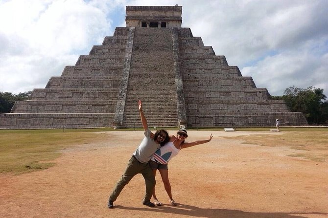 Full-Day Guided Tour to Chichen Itzá with Buffet
