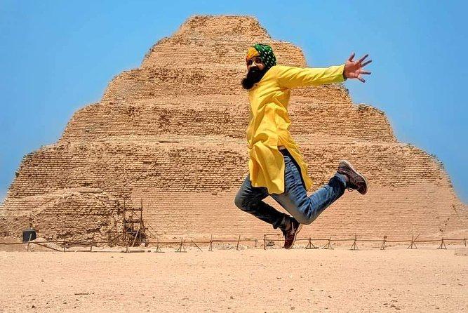 Private Giza Pyramids, Memphis and Sakkara Tour